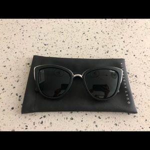 Honey QUAY Australia sun glasses
